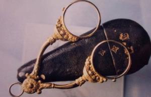 Древние линзы и очки