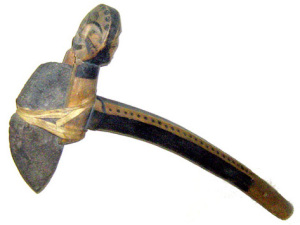 Древняя мотыга